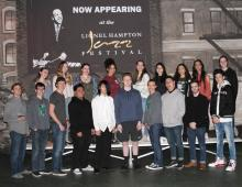 Jackson High School Jazz choir and Director Craig Schell. Photo courtesy of University of Idaho.