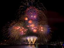 2015 Seattle fireworks. Photo courtesy of Seafair Facebook page.